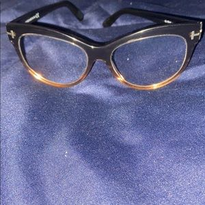 Excellent (like new condition)TOM FORD glasses💗